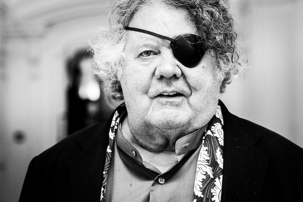 Dale-Chihuly-Artist001