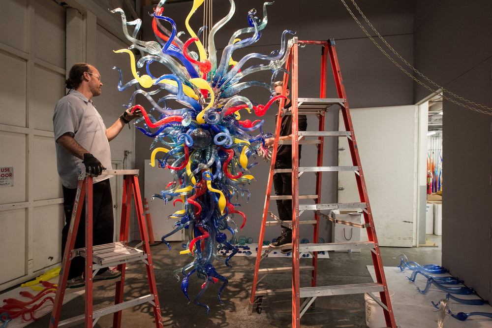 Dale-Chihuly-Artist028